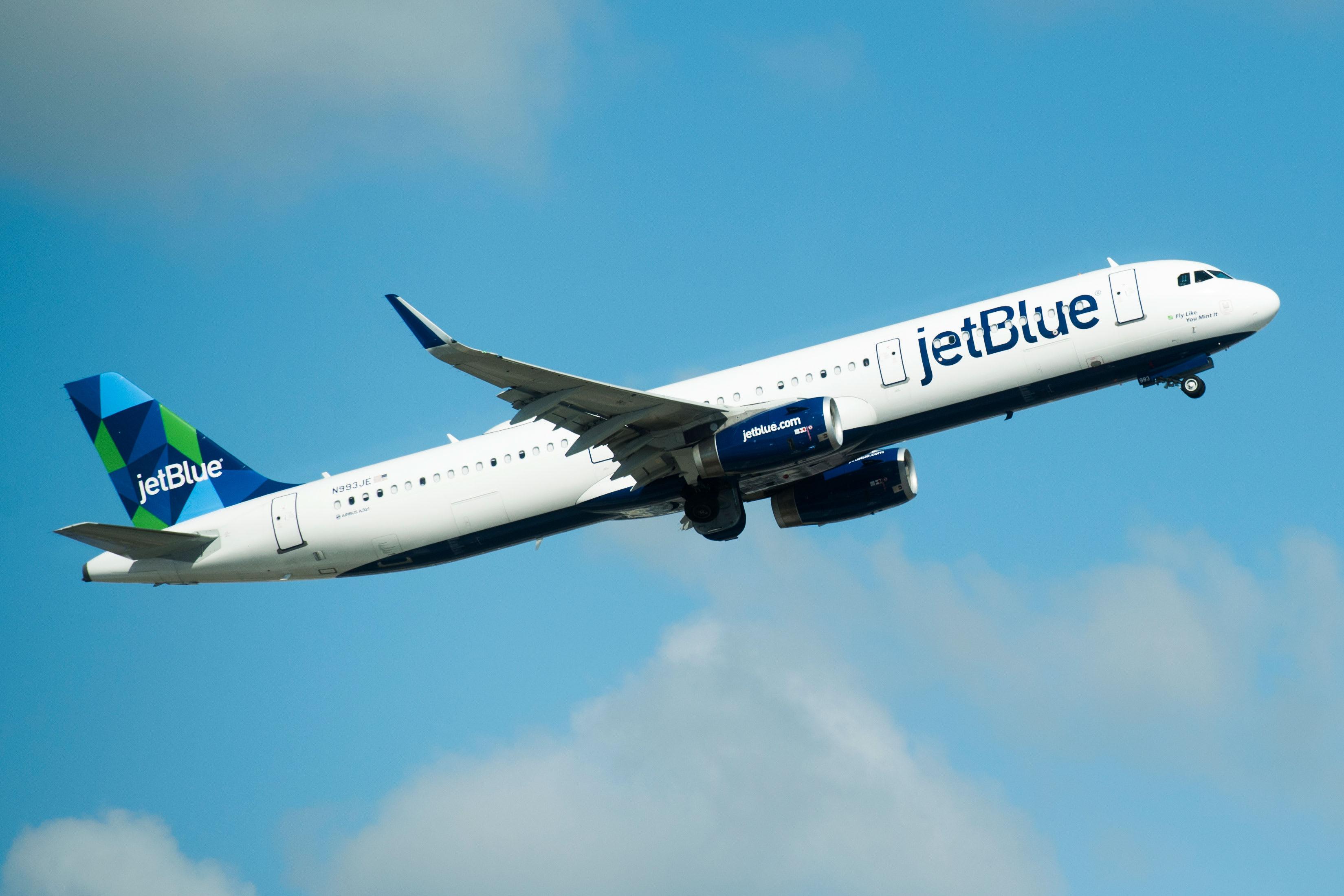 Jetblue plane
